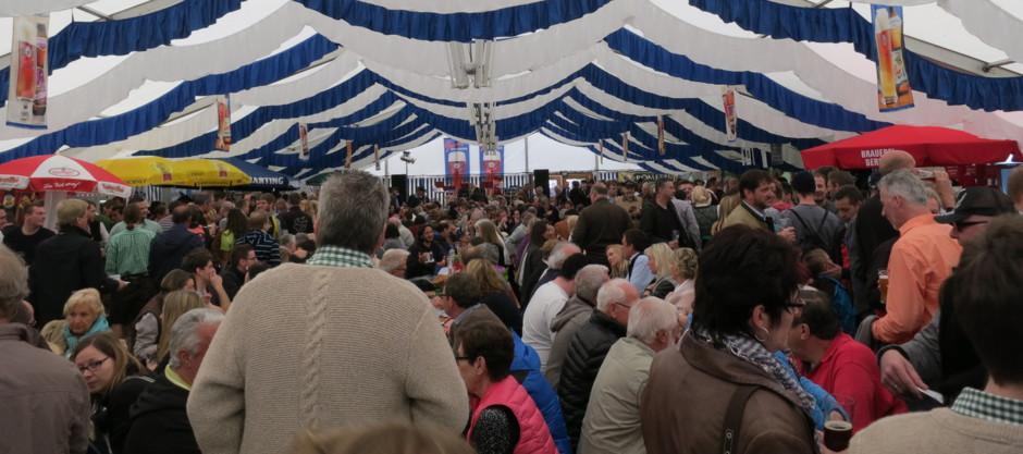 Veranstaltung Veranstaltung Bier Bierverkostung Kleine Brauer große Biere Bayern Biergarten Privatbrauerei Braugasthof Altötting Graming