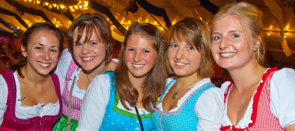Volksfest Dult Altötting Veranstaltung Veranstaltungen Weissbier Weissbierzelt Bierzelt Biergarten Privatbrauerei Braugasthof Bayern Altötting